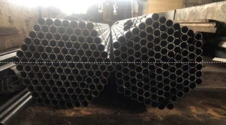 Thép ống, thép vê giao đến khách hàng sản xuất